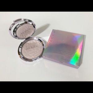 🌸New🌸Becca shimmering skin perfector powder